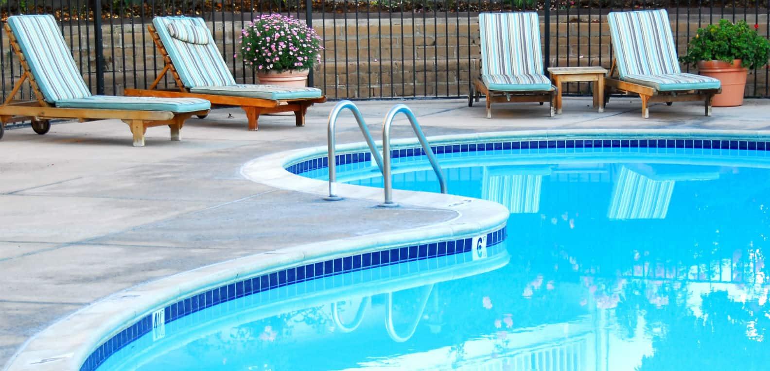 los alamitos commercial pool service